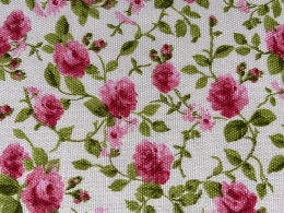 Romantische Moosröschen, herrlicher Rosenstoff mit rosa Röschen, Breite 280 cm, pflegeleicht